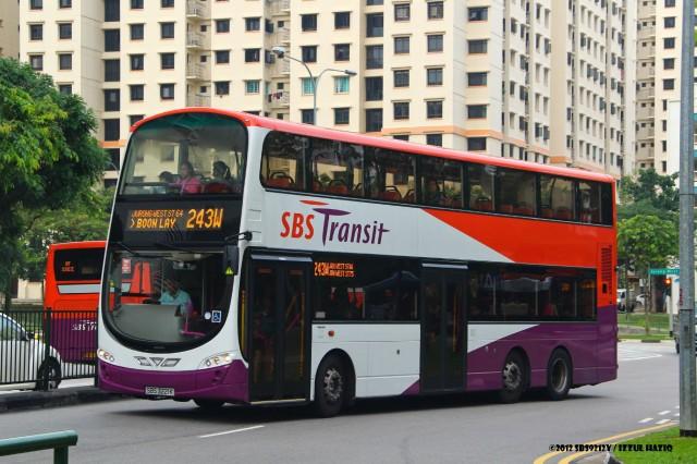 SBST Volvo B9TL Wright WEG2 (SBS3221K) – Service 241