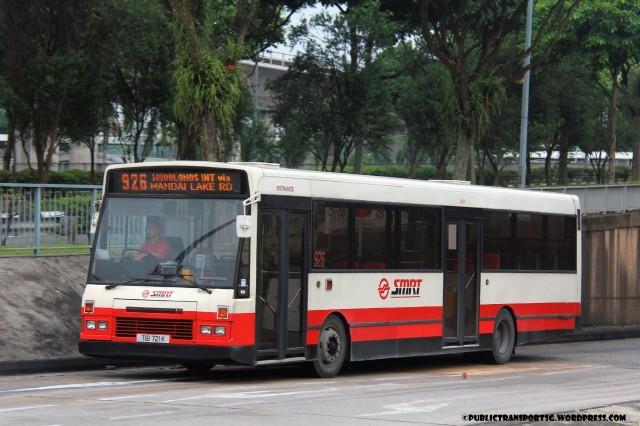 SMRT DAF SB220 (TIB721K) - Service 926