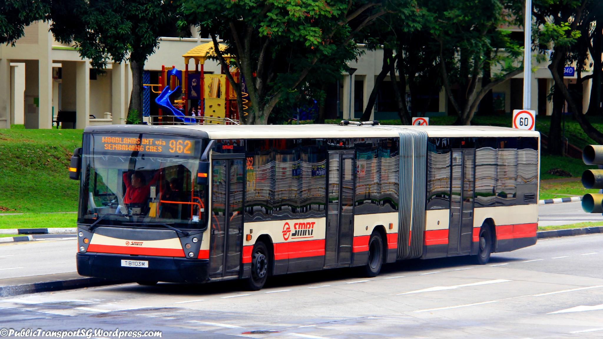Smrt bus service 962 public transport sg for Mercedes benz woodlands service