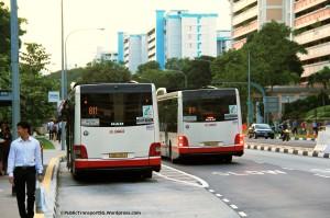 Service 811 bunching at Yishun Ctrl